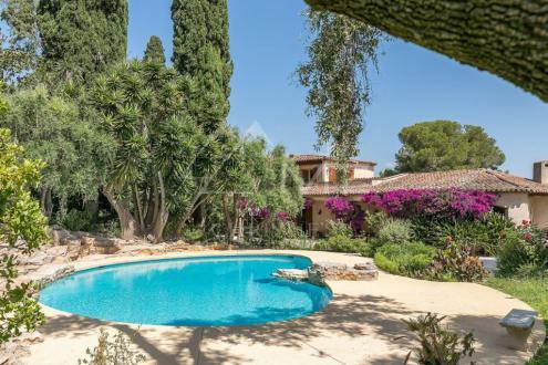 Villa de luxe à vendre BIOT, 490 m², 5 Chambres, 2425000€