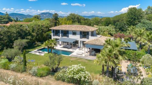Villa de luxe à vendre SAINT TROPEZ, 210 m², 5 Chambres, 4500000€