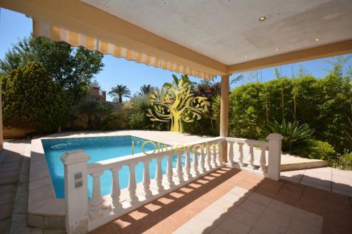 Luxe Huis te koop SANARY SUR MER, 200 m², 6 Slaapkamers, 1260000€