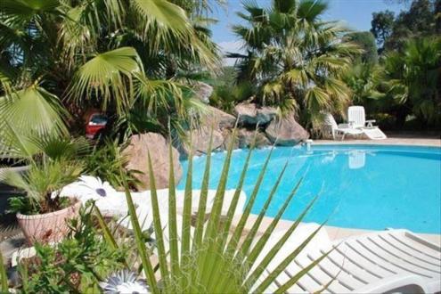 Luxus-Haus zu verkaufen FREJUS, 278 m², 6 Schlafzimmer, 790000€