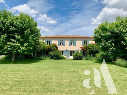 Luxus-Haus zu verkaufen EYRAGUES, 235 m², 4 Schlafzimmer, 1290000€
