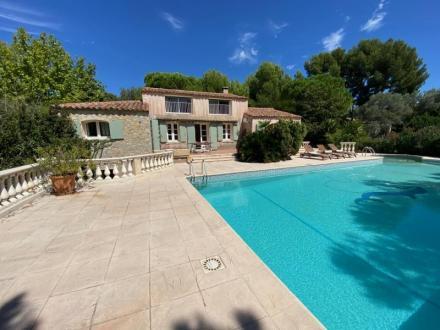 Maison de luxe à vendre SANARY SUR MER, 158 m², 3 Chambres, 798000€