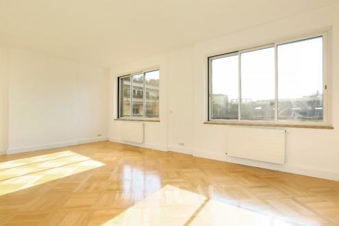Appartement de luxe à louer PARIS 16E, 82 m², 1 Chambres, 2740€/mois