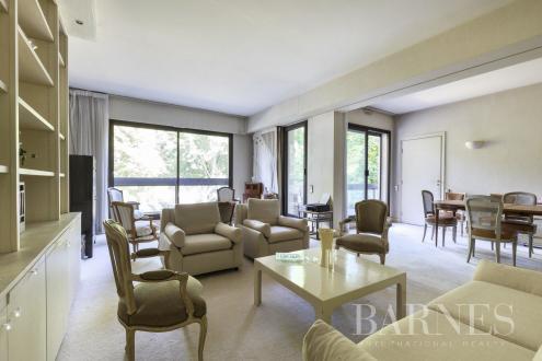 Appartement de luxe à vendre NEUILLY SUR SEINE, 132 m², 3 Chambres, 1925000€