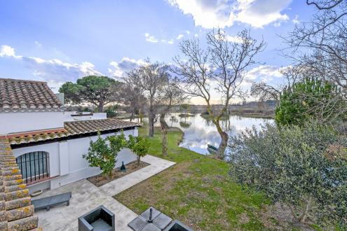 Maison de luxe à vendre SAINTES MARIES DE LA MER, 596 m², 8 Chambres, 1900000€