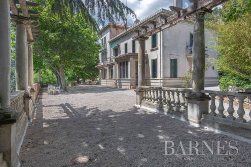 Luxus-Bürgerhaus zu verkaufen MARSEILLE, 1560000€