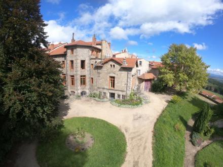 Propriété de luxe à vendre SAINT BONNET LE CHATEAU, 718 m², 12 Chambres, 640000€