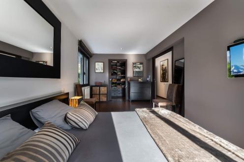 Дом класса люкс на продажу  Сен-Жорьо, 262 м², 4 Спальни, 1490000€