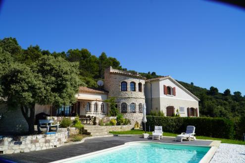 Maison de luxe à vendre MANOSQUE, 281 m², 6 Chambres, 790000€