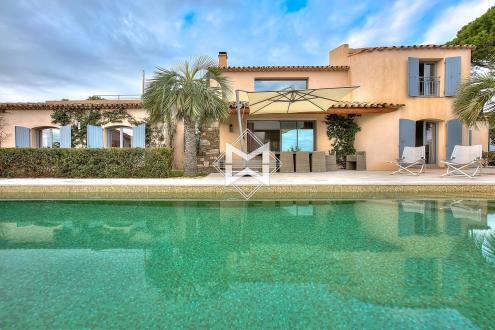 Вилла класса люкс на продажу  Сент-Максим, 247 м², 5 Спальни, 2990000€