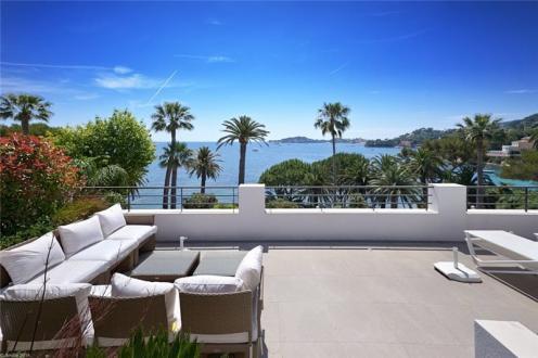 Maison de luxe à louer BEAULIEU SUR MER, 285 m², 4 Chambres,