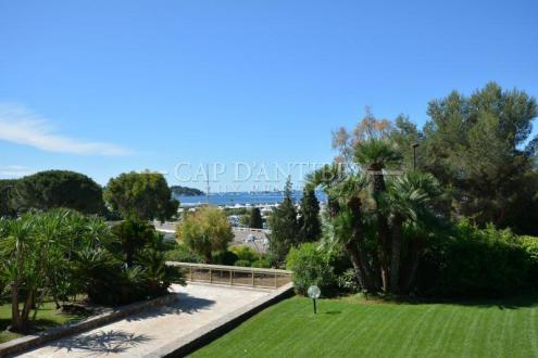 Luxury Apartment for sale CAP D'ANTIBES, 115 m², 2 Bedrooms, €995000