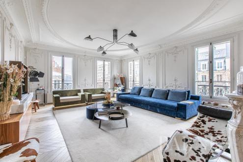Квартира класса люкс на продажу  Париж 8ой, 153 м², 3 Спальни, 2400000€