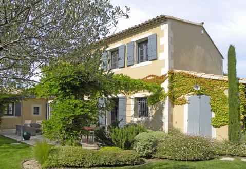 Maison de luxe à louer PARADOU, 200 m², 4 Chambres,