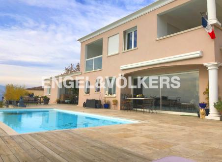 Luxury Villa for sale NICE, 190 m², 4 Bedrooms, € 1 050 000