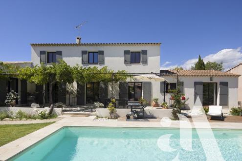 Maison de luxe à vendre MAUSSANE LES ALPILLES, 215 m², 4 Chambres, 1080000€