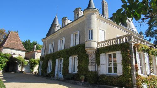 Château / Manoir de luxe à vendre BRANTOME, 650 m², 6 Chambres, 1999999€