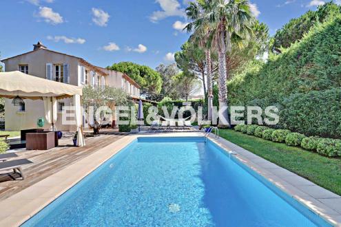 Villa de luxe à vendre GASSIN, 230 m², 4 Chambres, 2860000€