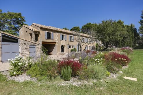 Luxury House for rent SAINT REMY DE PROVENCE, 300 m², 6 Bedrooms,