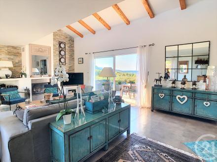 Maison de luxe à vendre L'ILE ROUSSE, 187 m², 4 Chambres, 1395000€
