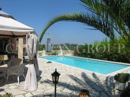 Maison de luxe à vendre VALBONNE, 186 m², 5 Chambres, 1250000€