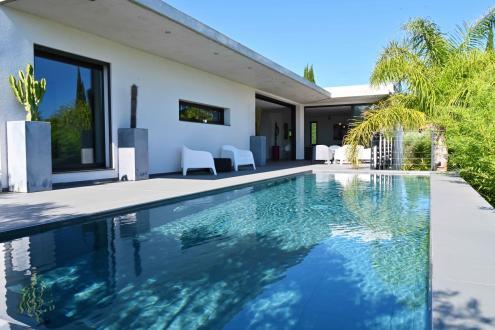 Luxe Villa te koop SANARY SUR MER, 170 m², 3 Slaapkamers, 1360000€
