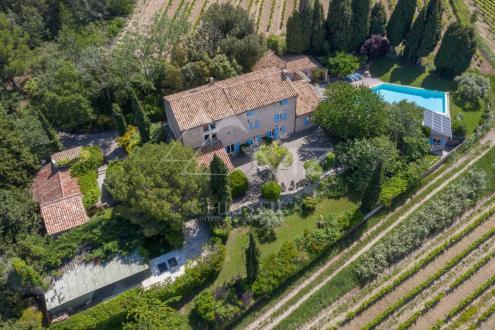 Casa di lusso in vendita BEDOIN, 441 m², 4 Camere, 1690000€