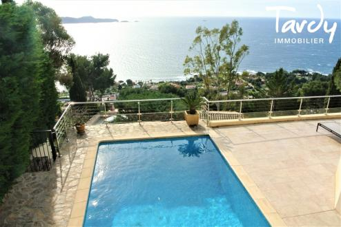Luxury House for sale CARQUEIRANNE, 170 m², 3 Bedrooms, €1250000