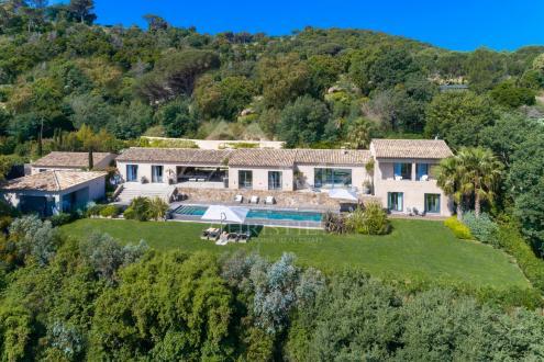 Maison de luxe à louer SAINT TROPEZ, 440 m², 6 Chambres,