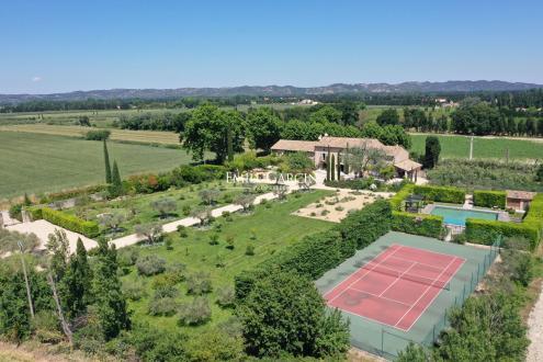 Casa di lusso in affito SAINT REMY DE PROVENCE, 500 m², 7 Camere,