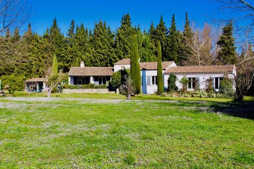 Luxury House for sale EYGALIERES, 206 m², € 1 325 000