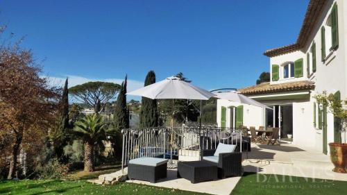 Luxury House for rent LE CANNET, 345 m², 5 Bedrooms,
