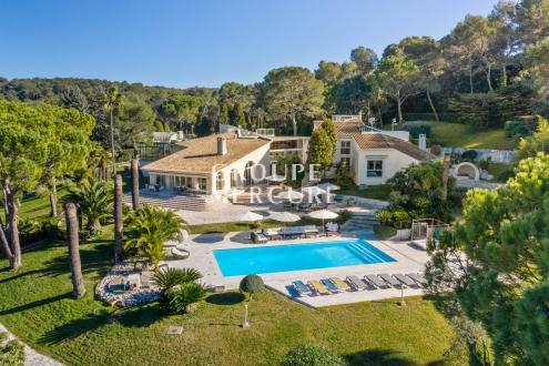 Luxe Huis te koop MOUGINS, 880 m², 10 Slaapkamers, 12000000€