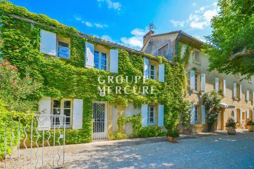 Maison de luxe à vendre AVIGNON, 300 m², 6 Chambres, 895000€
