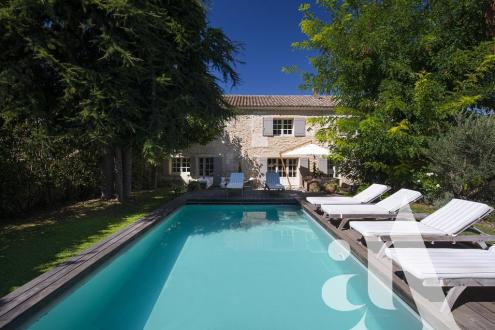 Maison de luxe à vendre SAINT REMY DE PROVENCE, 5 Chambres, 1590000€
