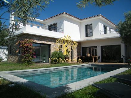 Maison de luxe à vendre SANARY SUR MER, 159 m², 3 Chambres, 1260000€