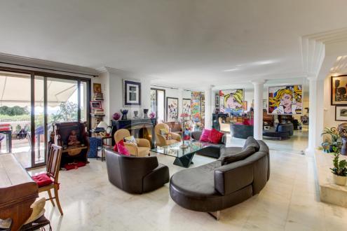 Appartamento di lusso in vendita VILLENEUVE LOUBET, 157 m², 3 Camere, 800000€