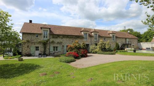 Luxus-Wohnung zu verkaufen ORGEVAL, 340 m², 7 Schlafzimmer, 780000€