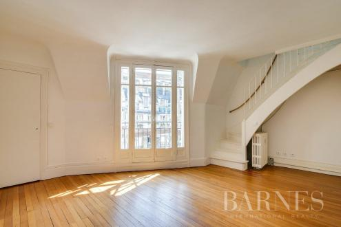 Luxury Apartment for rent PARIS 16E, 76 m², 2 Bedrooms, €2700/month