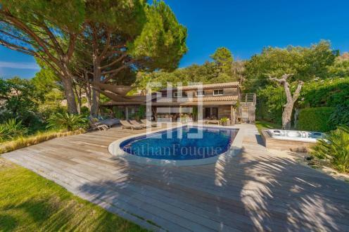 Luxury Villa for sale SAINT TROPEZ, 340 m², 5 Bedrooms, €2940000