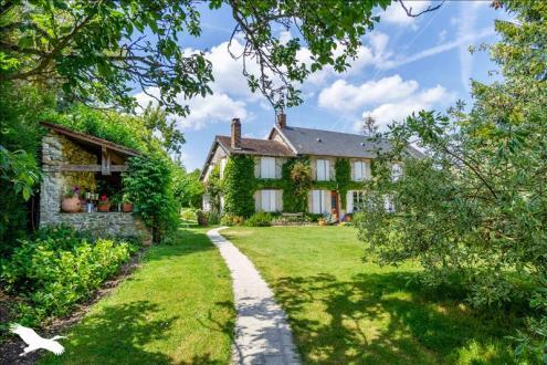 Дом класса люкс на продажу  HARGEVILLE, 200 м², 4 Спальни, 545000€