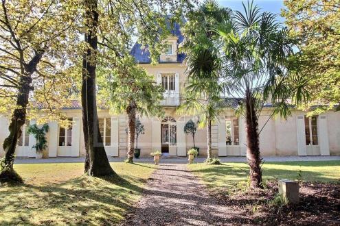 Château / Manoir de luxe à vendre BORDEAUX, 393 m², 4 Chambres, 3690000€