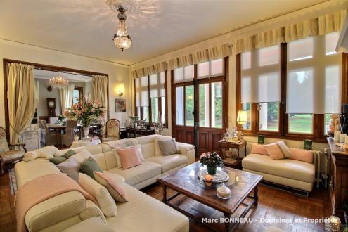 Propriété de luxe à vendre SULLY SUR LOIRE, 340 m², 7 Chambres, 845000€