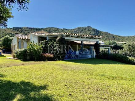 Luxe Villa te koop Italië, 4 Slaapkamers, 580000€