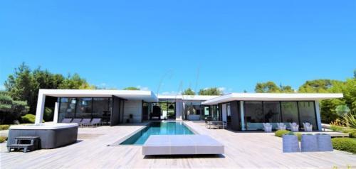 Luxury House for sale BRIGNOLES, 268 m², 2 Bedrooms, €2150000