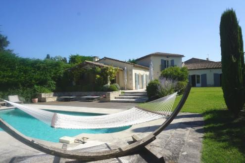 Maison de luxe à vendre SAINT REMY DE PROVENCE, 365 m², 5 Chambres, 1325000€