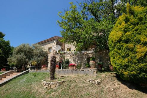 Casa di lusso in vendita GRAMBOIS, 390 m², 9 Camere, 950000€