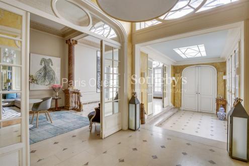Luxury Town house for sale PARIS 8E, 225 m², 3 Bedrooms, €3690000