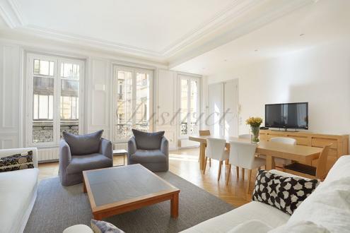 Квартира класса люкс на продажу  Париж 8ой, 104 м², 2 Спальни, 1700000€