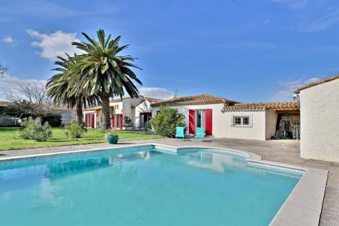 Luxus-Liegenschaft zu verkaufen ARLES, 220 m², 4 Schlafzimmer, 599000€